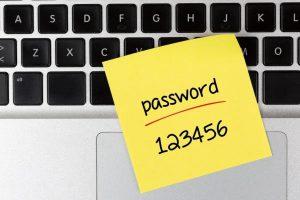 スマホのパスワードは紙に書いて保管する!